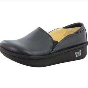 Alegria the Debra leather clog loafer